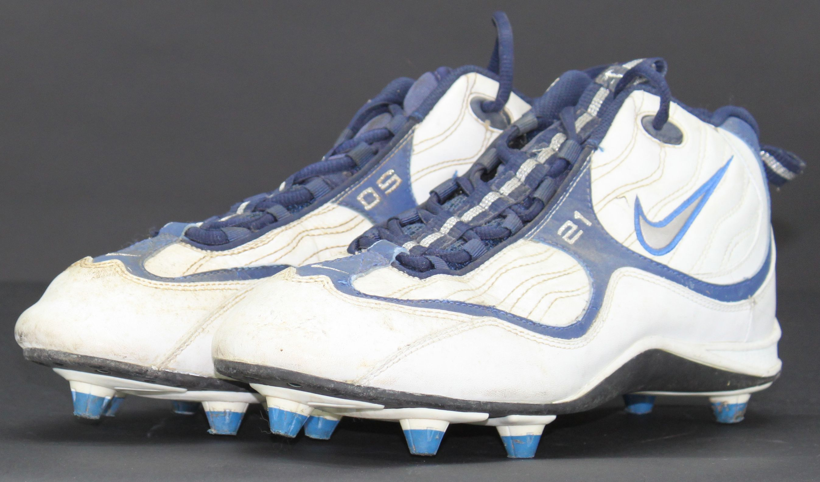 finest selection f09c3 bfec2 ... Deion Sanders Game Used Dallas Cowboys Cleats LOA ...