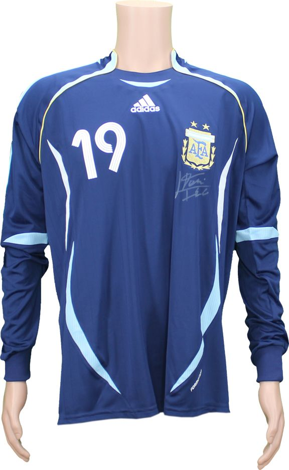 fb6e4f0fc ... 2006 Lionel Messi  19 Argentina National Team International Friendly Match  Worn Signed Jersey and Shorts ...