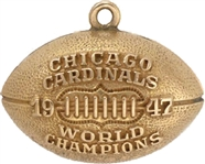 1947 CHICAGO CARDINALS PENDANT GIVEN TO SPORTS WRITER GENE KESSLER