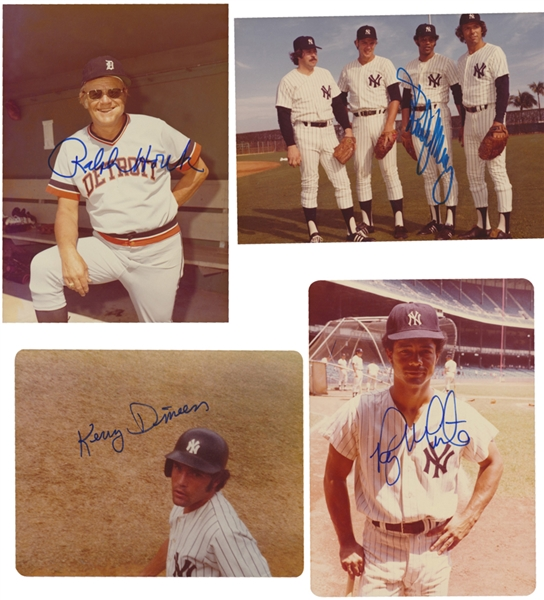 24 NEW YORK YANKEES SIGNED PHOTOGRAPHS