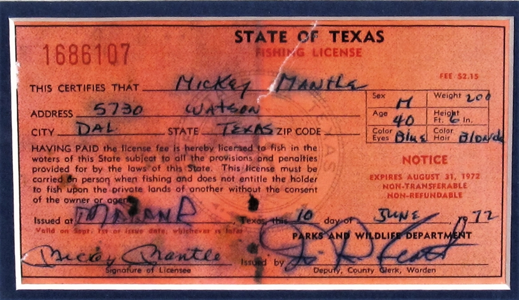 1972 MICKEY MANTLE SIGNED FISHING LICENSE AND LURE