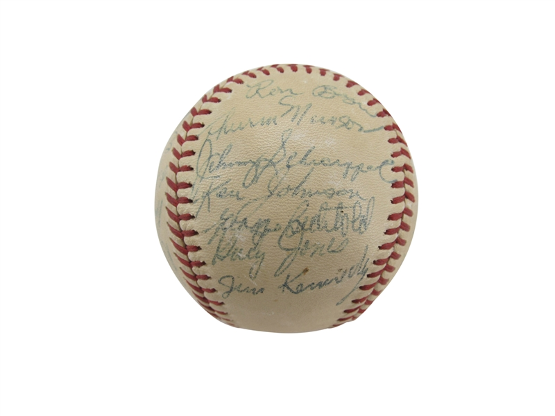1968 BINGHAMTON TRIPLETS TEAM SIGNED BASEBALL WITH THURMAN MUNSON