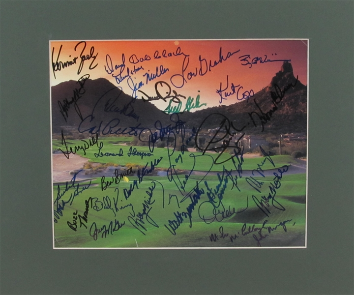 GOLF PRINT SIGNED BY 30 PLUS
